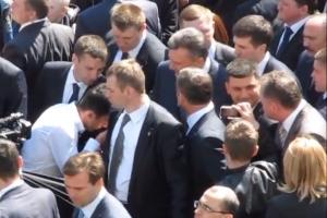 У Вінниці Януковичу цілували руки, як справжньому царю