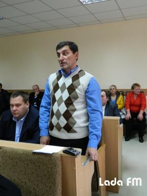 Ладижинська рада не розглянула питання про відставку Януковича і Азарова