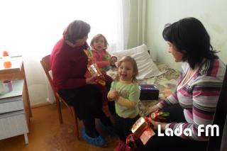 Подарунки від міста отримали в День Святого Миколая 35 дітей в лікарні Ладижина