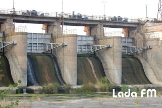 Рівень води у Ладижинському водосховищі досяг історичного мінімуму і продовжує знижуватися