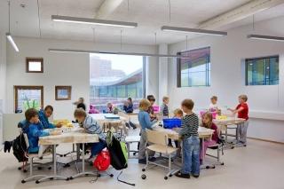 1 вересня у Фінляндії: портфелі учням видали з усім начинням