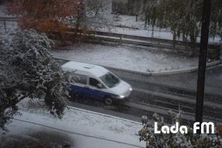 Ладижин засипало першим снігом