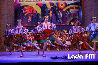 Ансамбль «Радість» з Ладижина на міжнародному фестивалі підкорив Дмитра Коляденка
