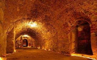 Куди ведуть уманські катакомби