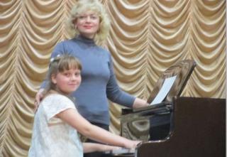 """Ладижинці успішно виступили на конкурсі """"Юний концертмейстер"""""""