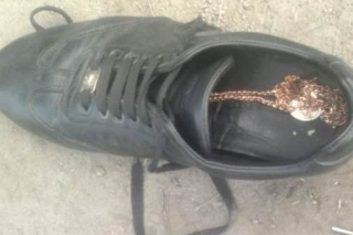У Гайсині поліція затримала грабіжників, які зривали із жінок прикраси