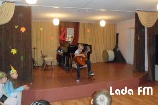 У музичній школі Ладижина першокласників посвячували у юні музиканти