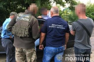 На Вінницькій митниці ліквідували корупційну схему розмитнення автомобілів