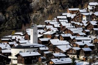 Швейцарські села запрошують до них поселитися назавжди і за гроші