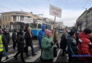 У Вінниці жителі трьох районів перекрили рух на Соборній
