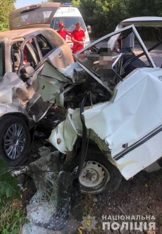 Біля Тульчина в ДТП загинуло двоє людей